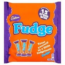 Cadbury Fudge Treatsize Pack 202g