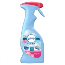 Febreze Fabric Refresher Blossom and Breeze 375ml